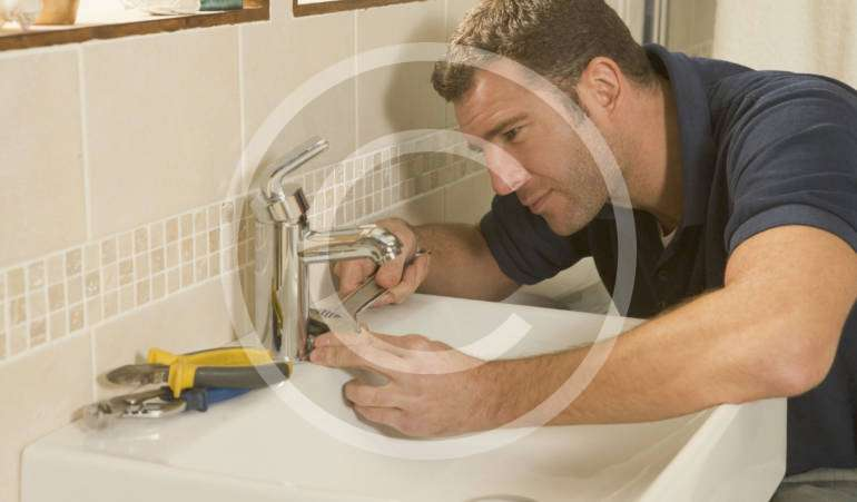 Got a leaking? Hire an experienced plumber